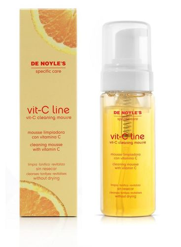 DE NOYLES Vit-c Cleaning Mousse.